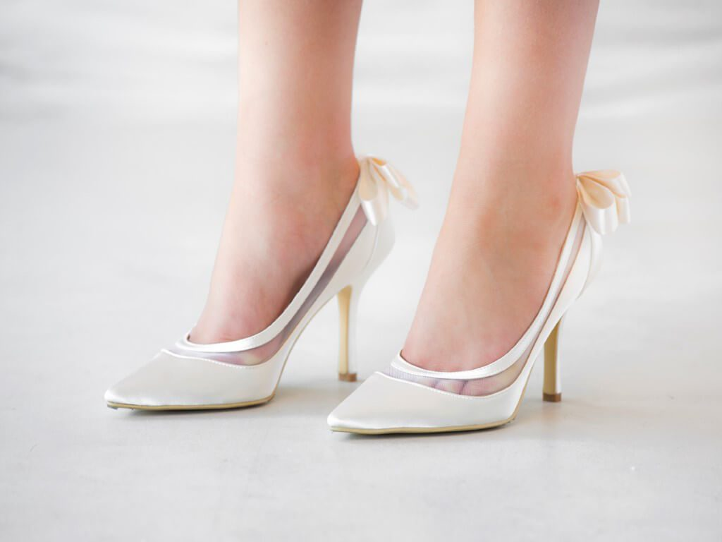 Classic style bridal shoe
