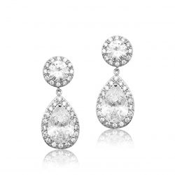 This bridal earring is made of the highest quality crystal, this cubic zircon. It has a oval stud top and beautiful pear shaped drop which is encased with pave set crystals and finished in allergy free Rhodium E0140