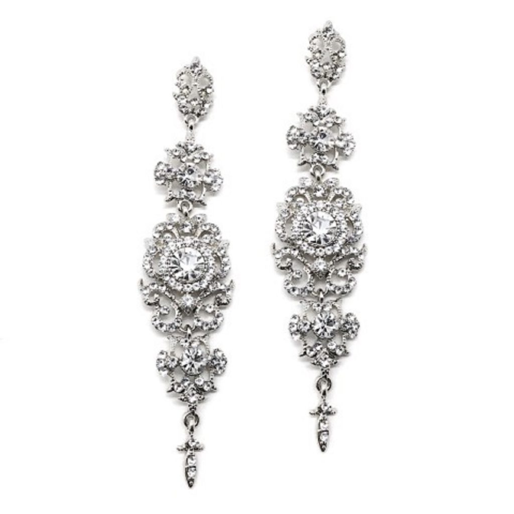 A stunning drop earring equally suitable for the modern bride or brides maid E927