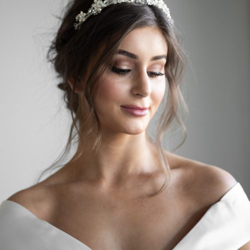 popular bridal hair style with head band