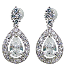 6060 bridal stud earring with crystal